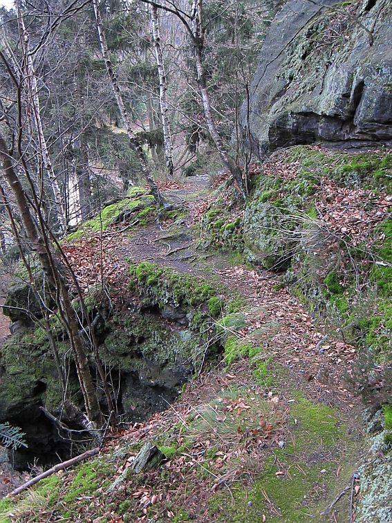 13_nach Plateau Felsband bis Ecke wo Weg zu enden scheint...