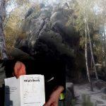 Knabe mit Gipfelbuch (Fotomontage)